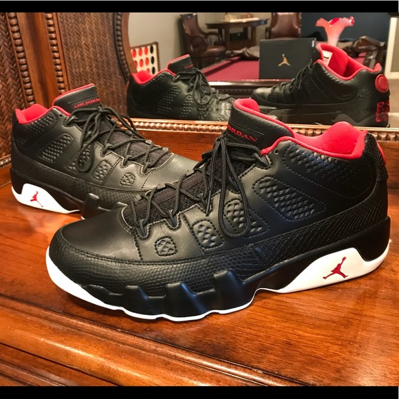 sneakers for cheap bb756 c4d33 Jordan Other - Nike Air Jordan 9 Low Retro Snakeskin BRED IX Mens