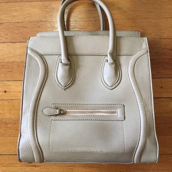 DailyLook Handbags - DailyLook Large Bag✨JUST LOWERED✨FIRM✨