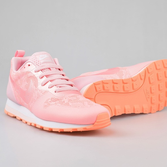 c4650740fe4 Nike women s md runner 2 br prism pink shoes