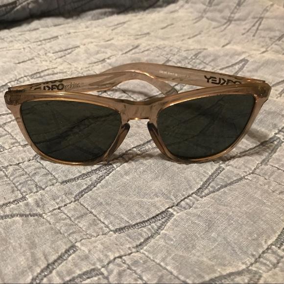00829fed002 Oakley Accessories - Oakley frogskins women s sunglasses