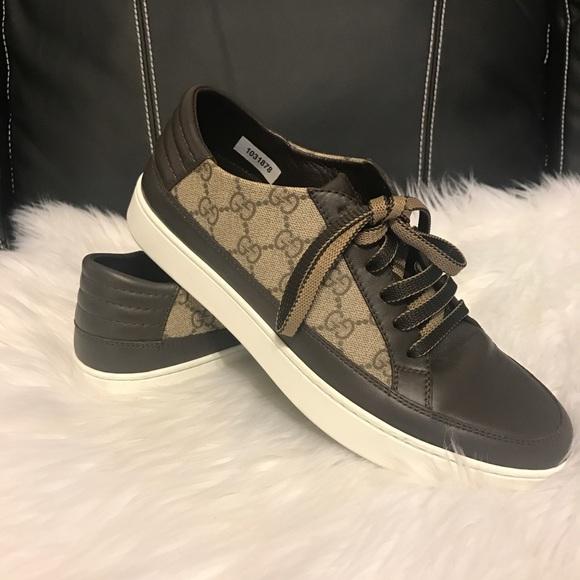 2849de338846ff Gucci Common Low Top Sneaker. M_59fe5a496a5830739b0aa24d
