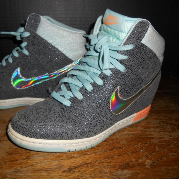new products 59f32 c0fb5 ... Nike Dunk Sky Hi Hologram Wedge Shoes Women Size 9 ...