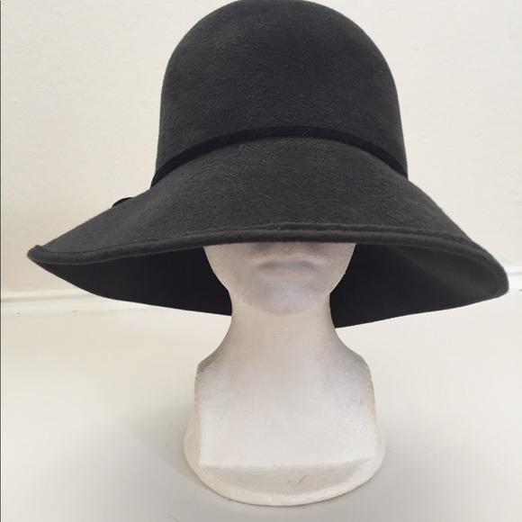 0c15b85e512c7 Accessories - HELEN KAMINSKI -ROLLABLE HAT