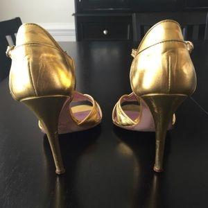 BCBGMaxAzria Shoes - BCBG max azria gold t strap heels