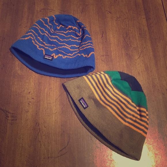 7b6a1b34e64 Two Patagonia boys beanie hats. M 59fe79dceaf03019220b6258