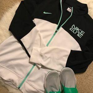 Other - Men's Nike Elite Basketball hoodie