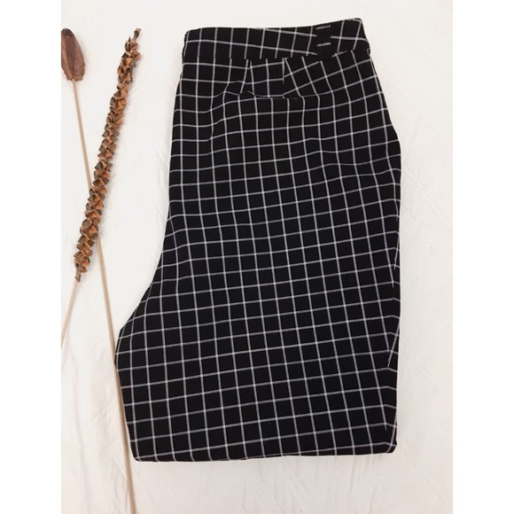 LB Plus Size Black White Graph Check Dress Pants