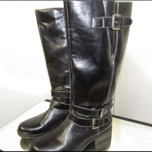 Black Naturalizer Boots