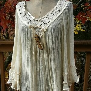 New Elan USA Crochet Bell Sleeve Cover Up