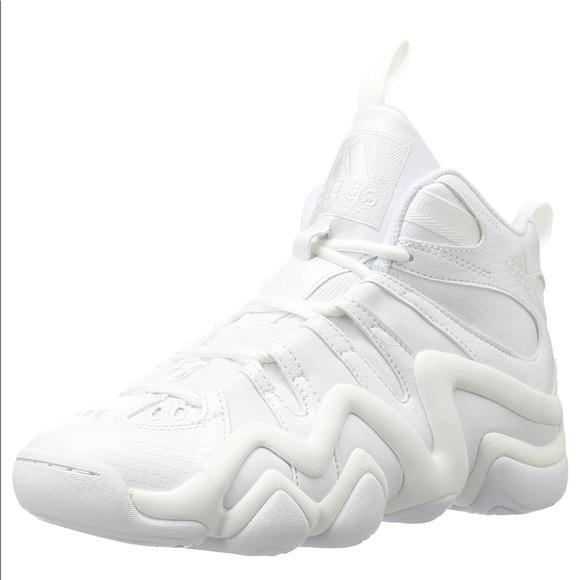 d532d6b9c5f7 Adidas Men s crazy 8 basketball shoe