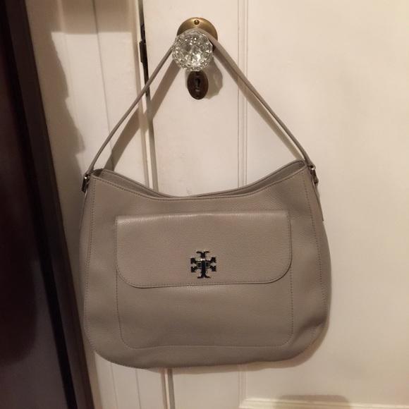 2d50f5499da Tory Burch Leather Mercer Hobo Shoulder Bag 31386.  M 59fe836b36d59460d30b7866