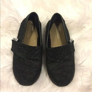Girls toms size 9 black glitter