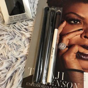 Makeup - YSL Beauté Cosmetic Bag & Brush Set