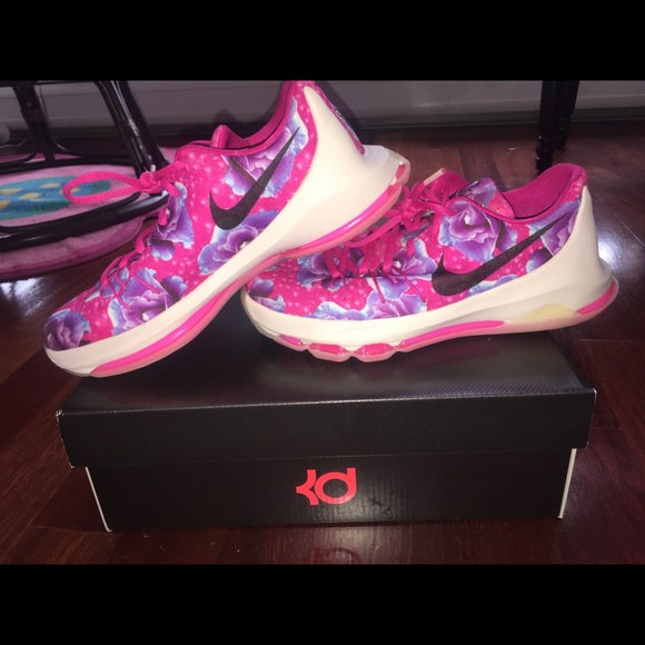 da287e7232c4 Nike Shoes - KD 8 Premium Aunt Pearl- Breast Cancer