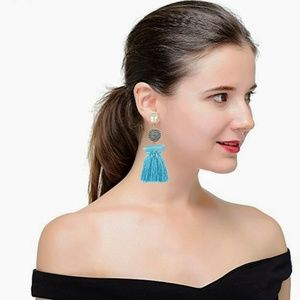 Jewelry - 💥Flash Deal💥 Trendy Light Blue Tassel  Earrings