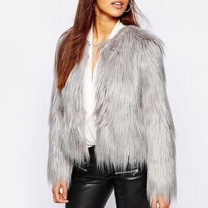 Jackets & Blazers - 💙Luxury Chic Grey Faux Fur Jacket, 4,6,8,10