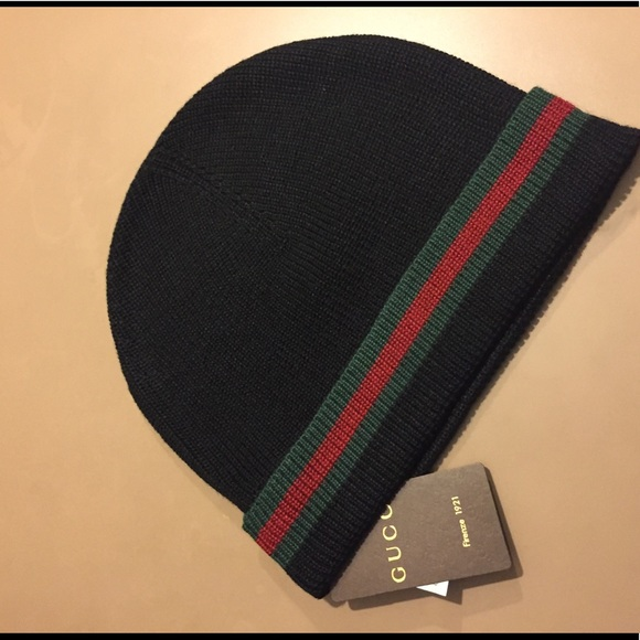 5686fb2f65b Gucci Beanie Hat Black Authentic