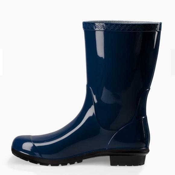 f4676062d60 UGG Sienna Rain Boots (Blue Jay)