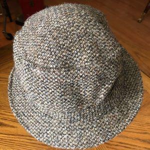 new concept ca2ff 6bc91 L.L. Bean Accessories - L.L. BEAN Men s Gray HARRIS Tweed Gore•Tex Hat