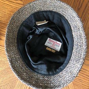 3741f8780d9 L.L. Bean Accessories - L.L. BEAN Men s Gray HARRIS Tweed Gore•Tex Hat