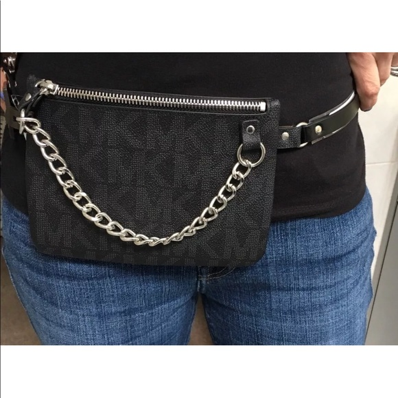 2537c7944473 Michael Kors Chain Belt Wallet Fanny Pack Black