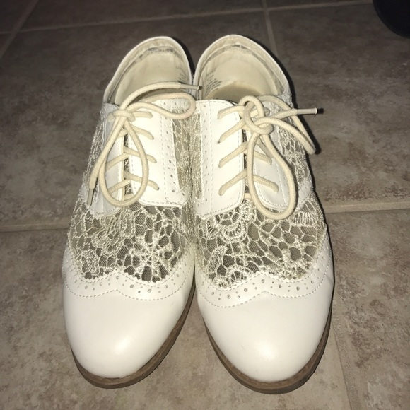 Divided White Lace Oxfords