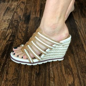Two Lips Wedge Sandals