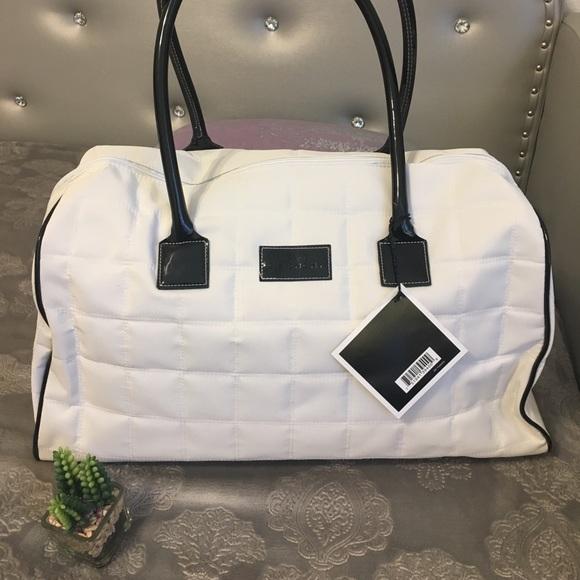 c3cf27d8c0bc NWT Givency parfumés duffle bag