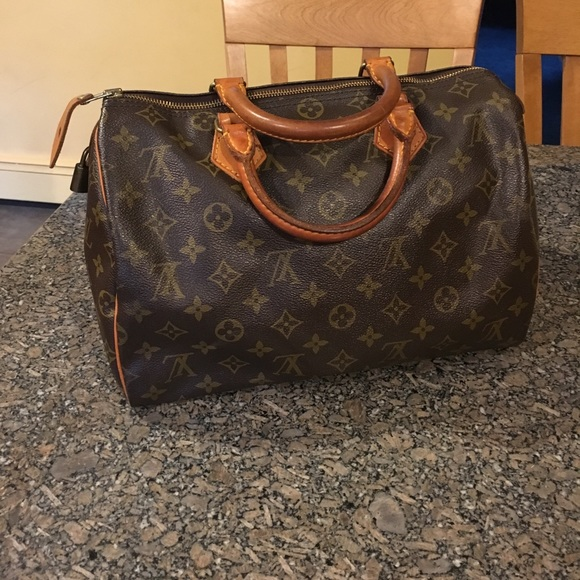 c7ce2b2a1ac Louis Vuitton Handbags - Vintage Louis Vuitton Speedy