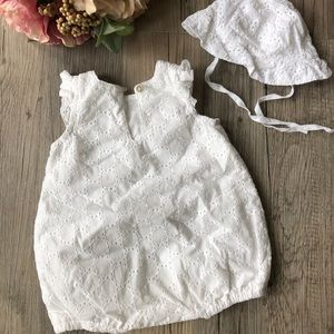 H&M One Pieces - H&M Baby Girl Romper; size 1-2m; Organic Cotton