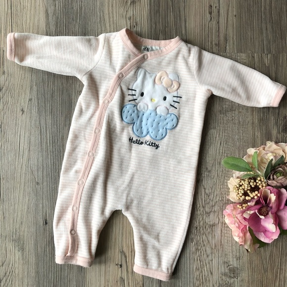 H&M One Pieces - H&M Hello Kitty Baby Girl Bodysuit; size 0-1m