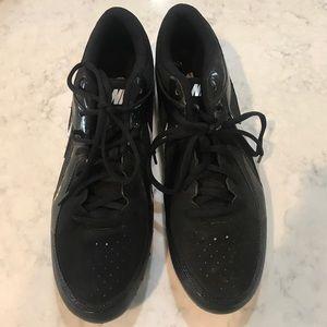 Nike Shoes - Like New Nike Mens Cleats