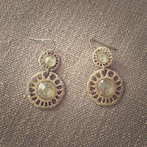 Jewelry - Dangly circular earrings