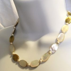 Jewelry - Natural Mother of Pearl Shell Bead Necklace