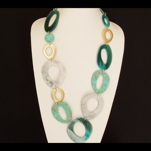 Jewelry - Circle link necklace