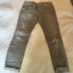 Free people gray distressed jeans size 27