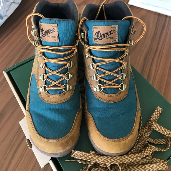 d1df58ceb93 Danner Jag Hiking Boots