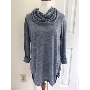 Cynthia Rowley 100% Merino Wool cowlneck sweater