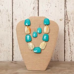 Jewelry - Teal necklace! **Earrings not included.