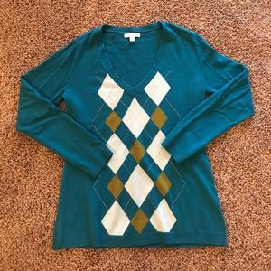 Beautiful blue sweater with argyle pattern!