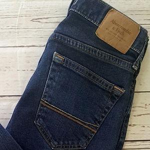 Abercrombie & Fitch skinny jean dark wash / 26x30