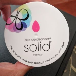 NWT Blendercleanser Solid (FULL SIZE) *FIRM PRICE*