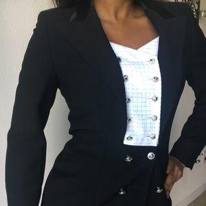 $2.7K Escada Couture Blazer