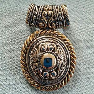 BOLD & BEAUTIFUL PENDANT! Intricate Silver & Gold