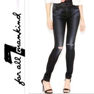 "NWOT 7FAM ""The Skinny"" Distressed Knee Jeans Sz 31"