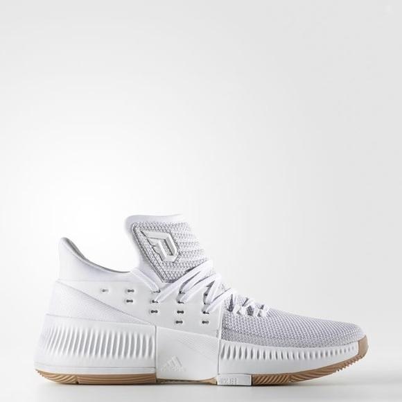 damian lillard white shoes