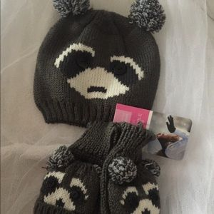 Accessories - Matching bear hat and gloves/mittens