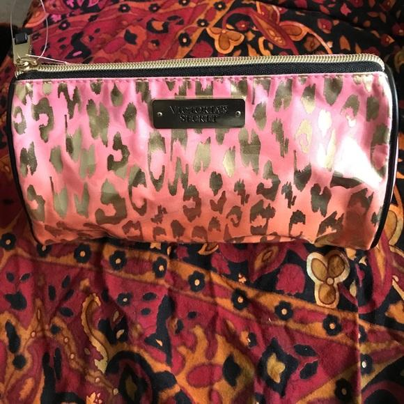 a6a743a5fe0b32 Victoria's Secret Bags | Large Leopard Print Cosmetic Bag | Poshmark
