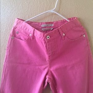 TOMMY HILFIGER  pair of jeans