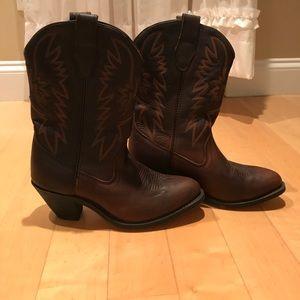 Shoes - EUC genuine Nashville leather cowboy boots